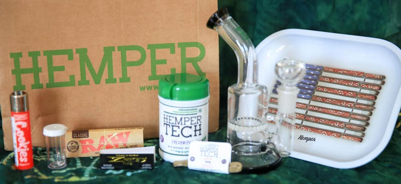 July Glassentials Items in the Hemper Box